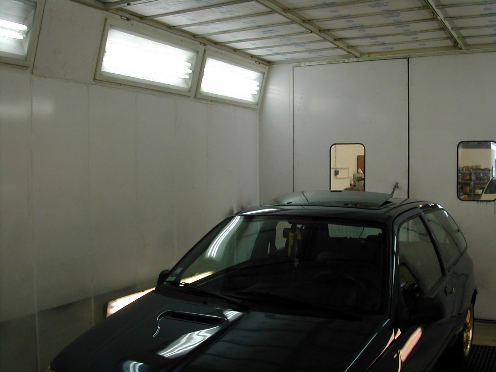 nouvelle cabine de peinture abc de l 39 auto. Black Bedroom Furniture Sets. Home Design Ideas