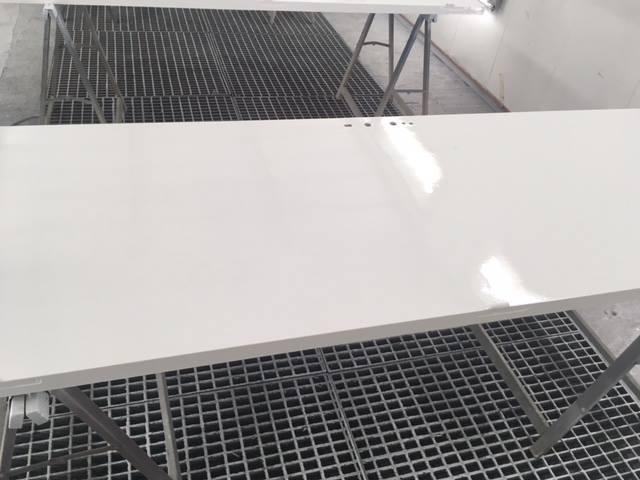 Peinture porte intérieure de maison blanc laqué - ABC de l\'auto